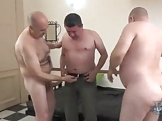 Draining the pipes bareback (gay) bear (gay) blowjob (gay)