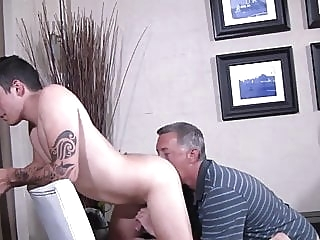 Silver daddy fuck hot young bareback (gay) bear (gay) big cock (gay)