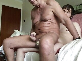 Laabanthony New Years bang 1 - b bareback big cock blowjob